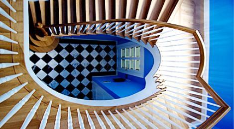 Einfamilienhauses mit Einliegerwohnung – Treppenhaus